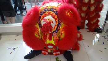 Shakura-Yew-Tee-Point-Grand-Opening-lion-dance-2