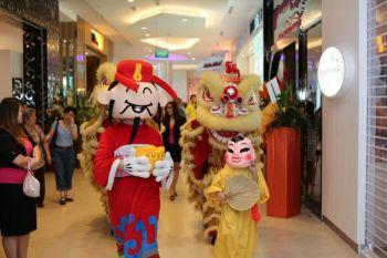 Shakura-Jcube-Jurong-East-Grand-Opening-mascott-5