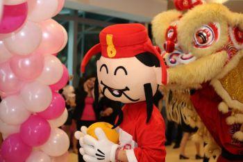 Shakura-Jcube-Jurong-East-Grand-Opening-mascott-4